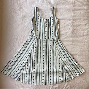 Super cute H&M dress!